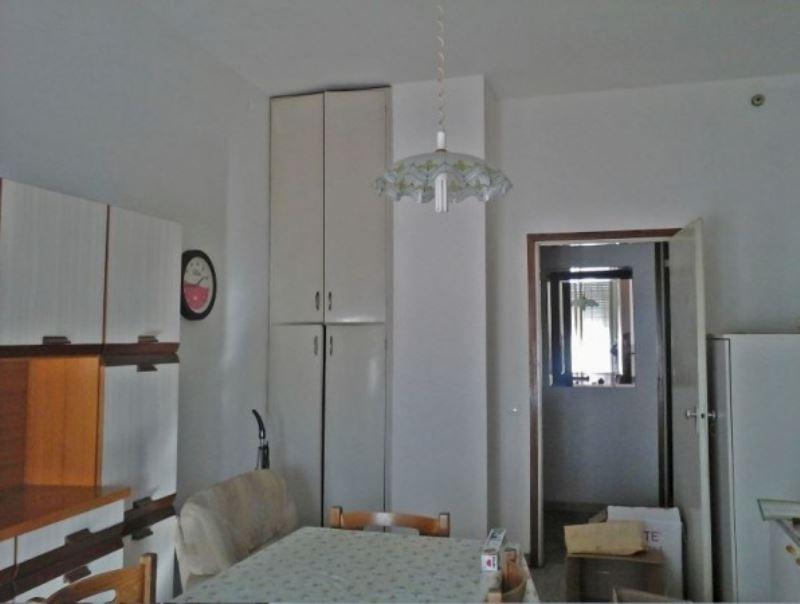 Appartamento in vendita a Russi, 5 locali, prezzo € 80.000 | CambioCasa.it