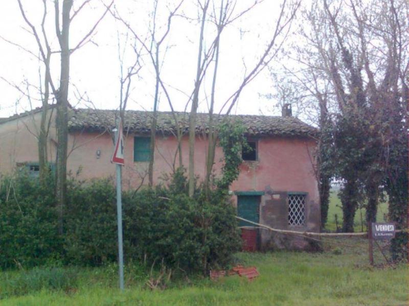 Rustico / Casale in vendita a Russi, 6 locali, prezzo € 90.000 | CambioCasa.it