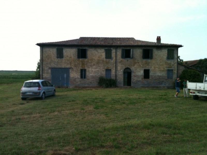 Rustico / Casale in vendita a Ravenna, 6 locali, prezzo € 150.000 | Cambio Casa.it
