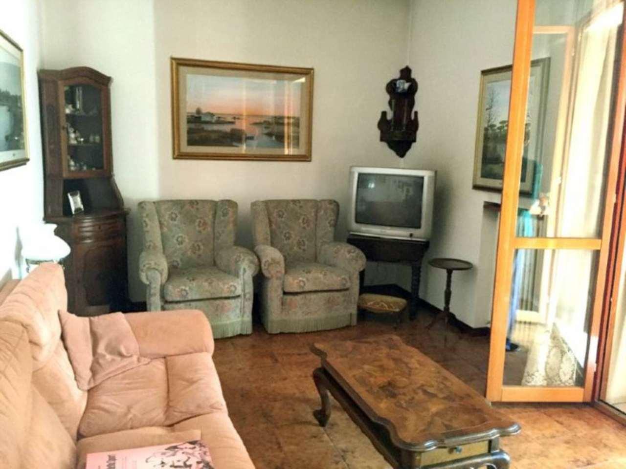 Soluzione Indipendente in vendita a Ravenna, 7 locali, prezzo € 280.000 | Cambio Casa.it