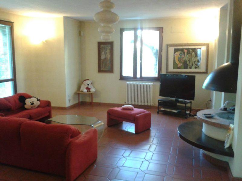 Soluzione Indipendente in vendita a Ravenna, 10 locali, prezzo € 460.000 | Cambio Casa.it