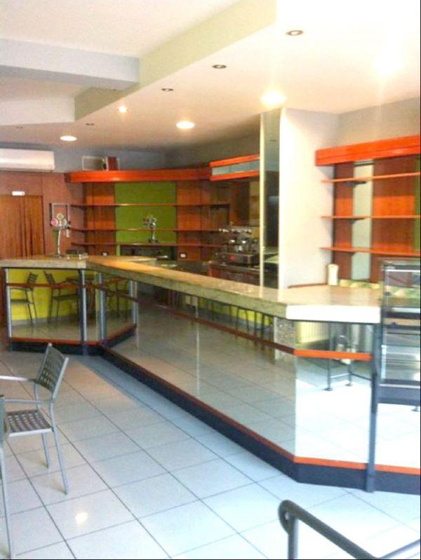 Immobile Commerciale in vendita a Ravenna, 4 locali, prezzo € 80.000 | CambioCasa.it
