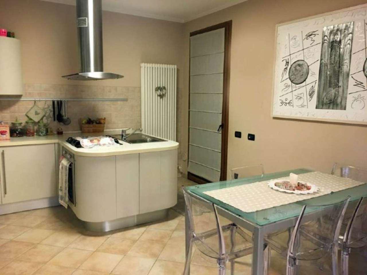 Soluzione Indipendente in vendita a Ravenna, 6 locali, prezzo € 295.000   Cambio Casa.it