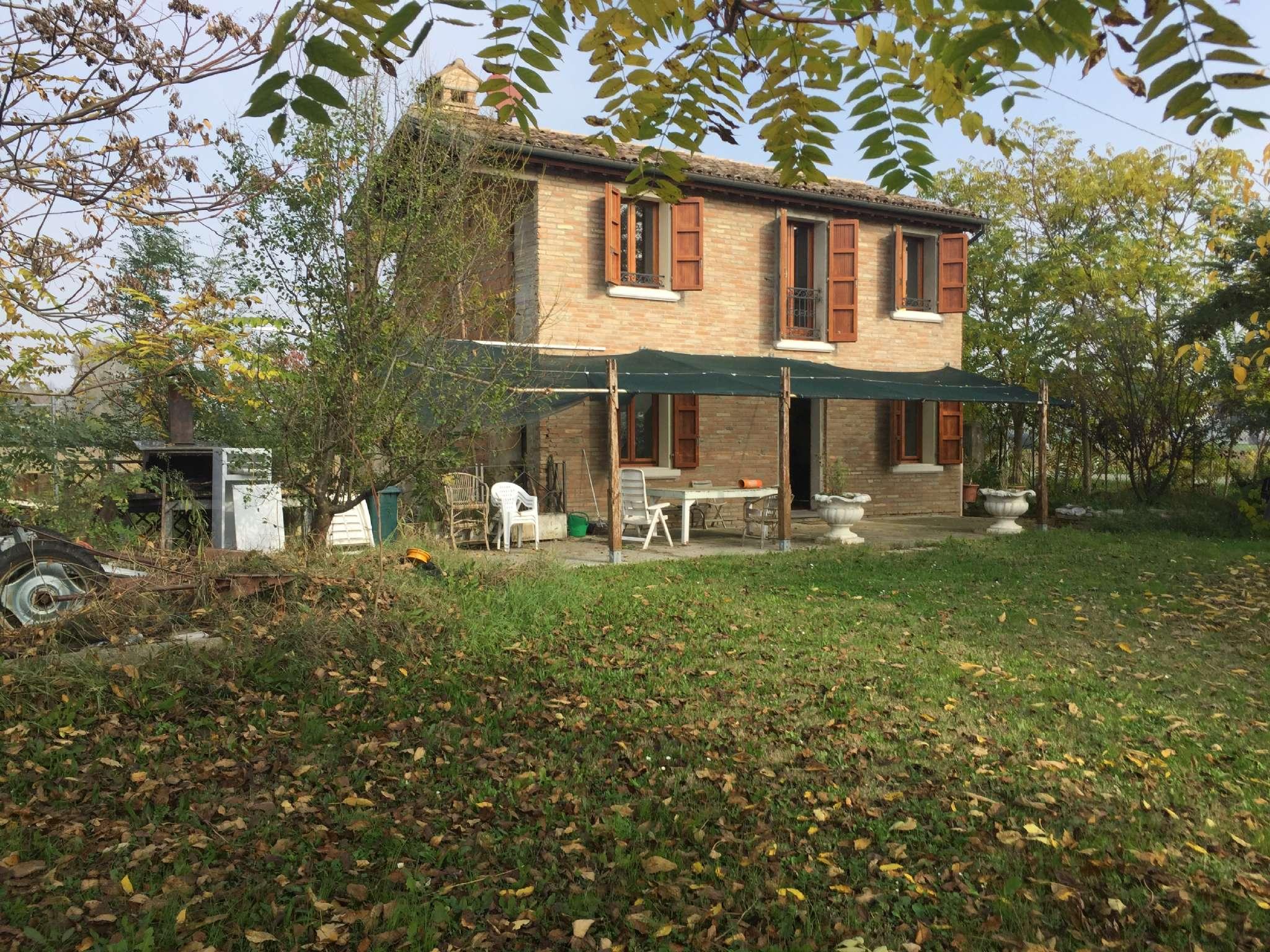 Rustico / Casale in vendita a Ravenna, 4 locali, prezzo € 180.000   Cambio Casa.it
