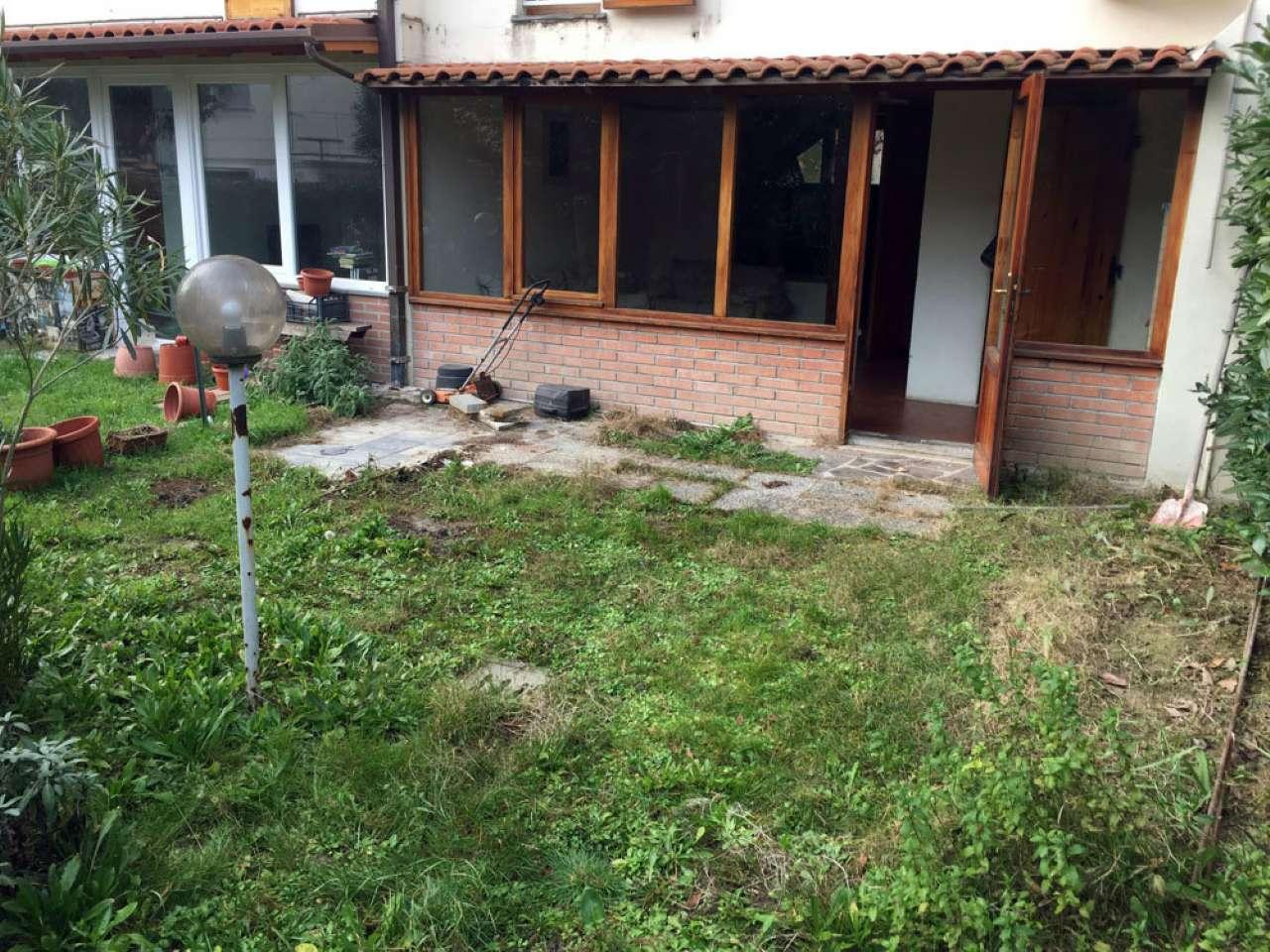 Palazzo / Stabile in vendita a Ravenna, 6 locali, prezzo € 280.000 | CambioCasa.it