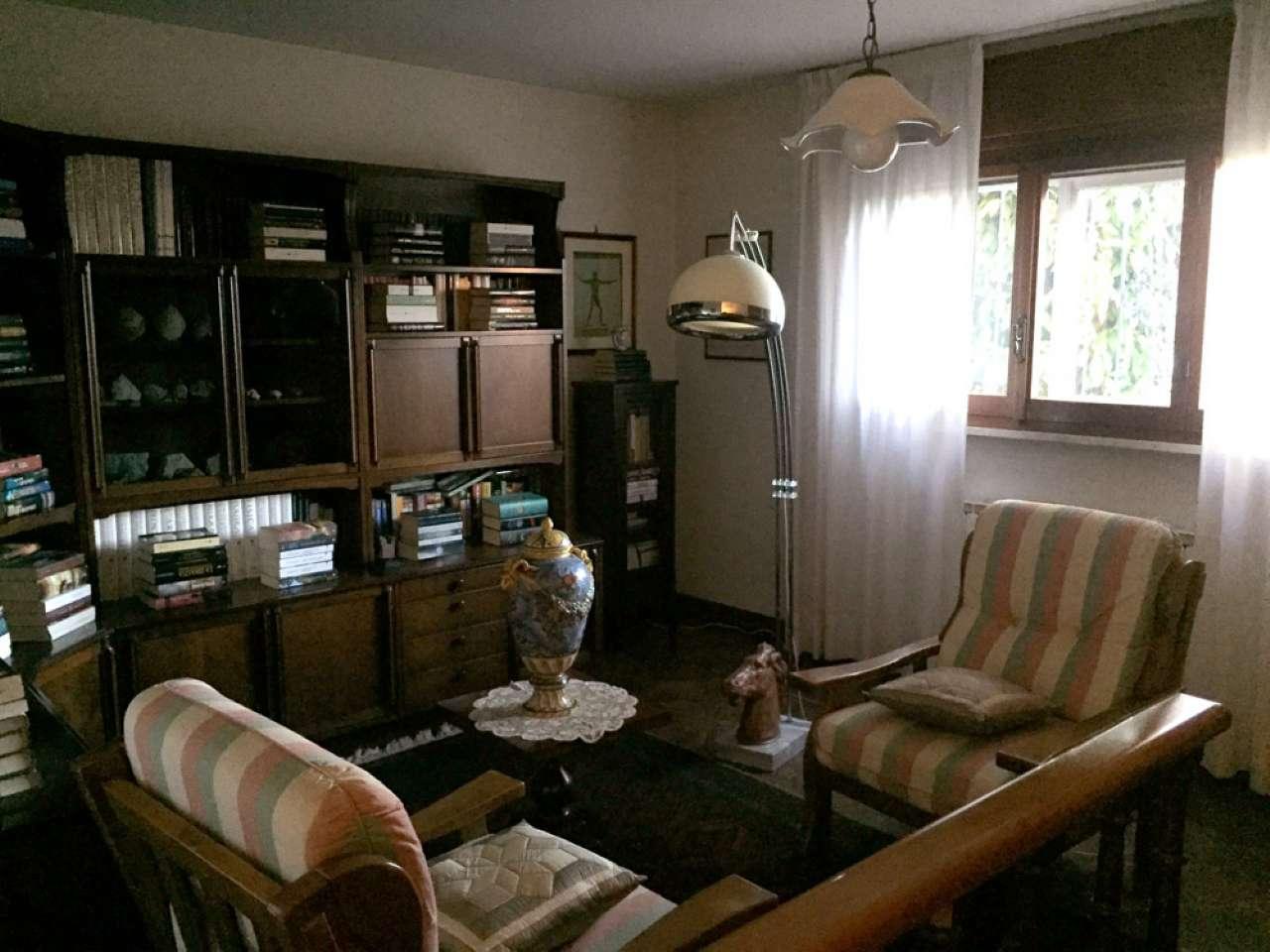Soluzione Indipendente in vendita a Ravenna, 8 locali, prezzo € 390.000   Cambio Casa.it