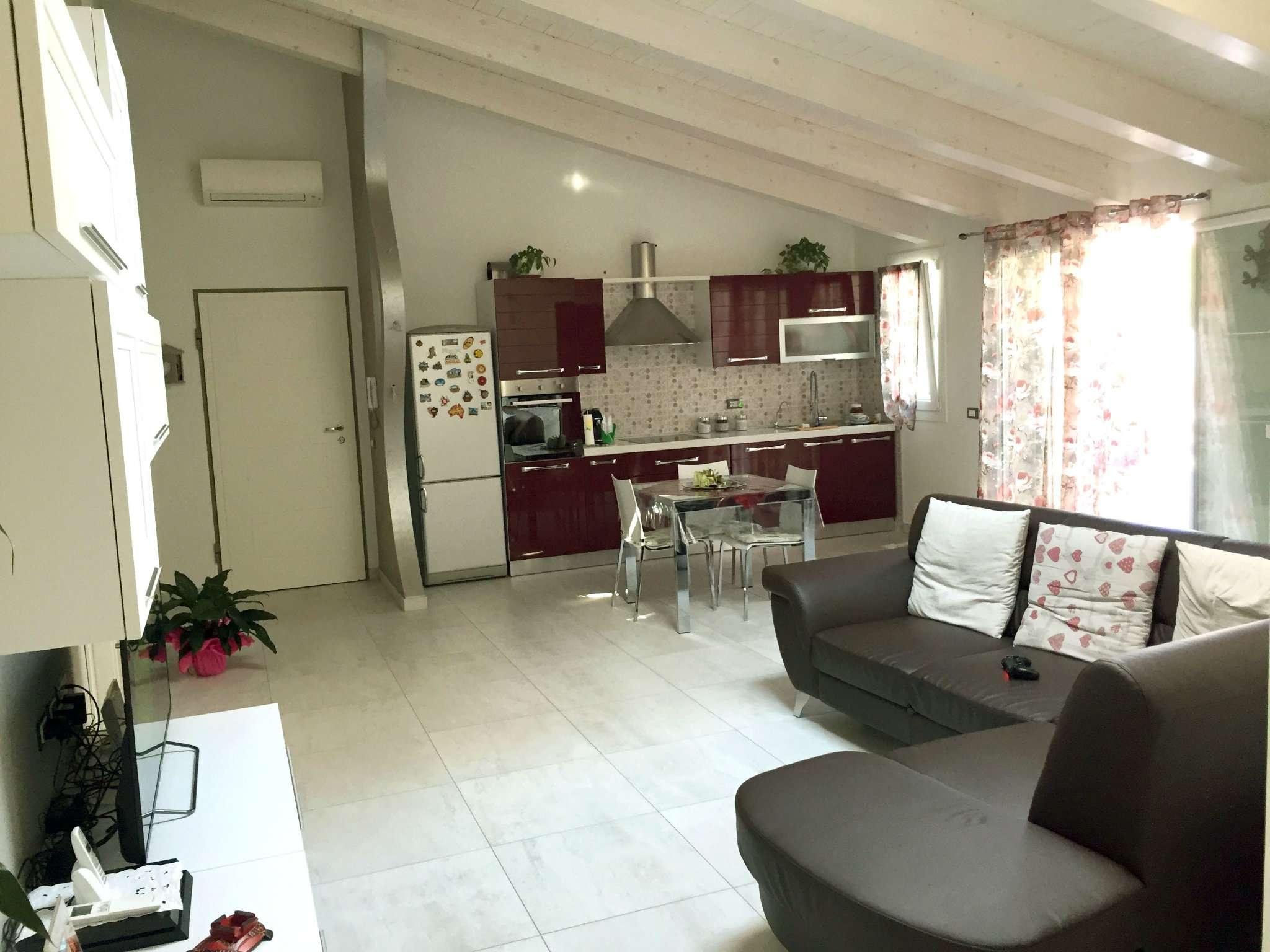 Soluzione Indipendente in vendita a Ravenna, 4 locali, prezzo € 485.000 | CambioCasa.it