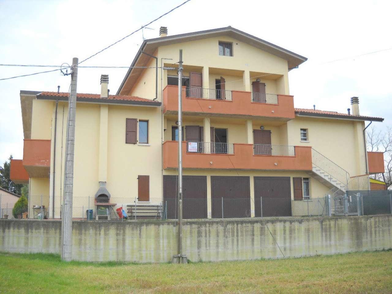Palazzo / Stabile in vendita a Ravenna, 5 locali, prezzo € 105.000 | CambioCasa.it
