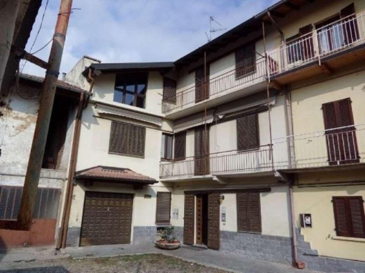 Soluzione Indipendente in vendita a Gallarate, 6 locali, prezzo € 120.000 | Cambio Casa.it