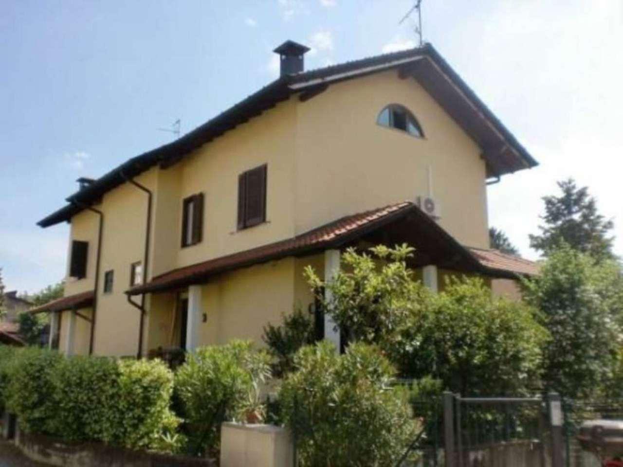 Villa in vendita a Jerago con Orago, 6 locali, prezzo € 250.000 | Cambio Casa.it