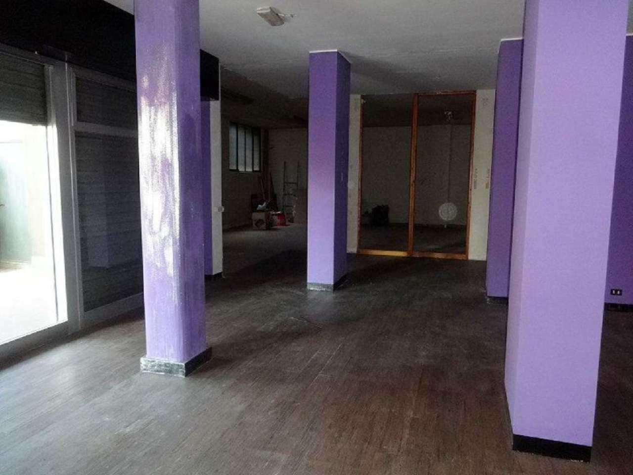 Negozio / Locale in vendita a Solbiate Arno, 4 locali, prezzo € 100.000   Cambio Casa.it