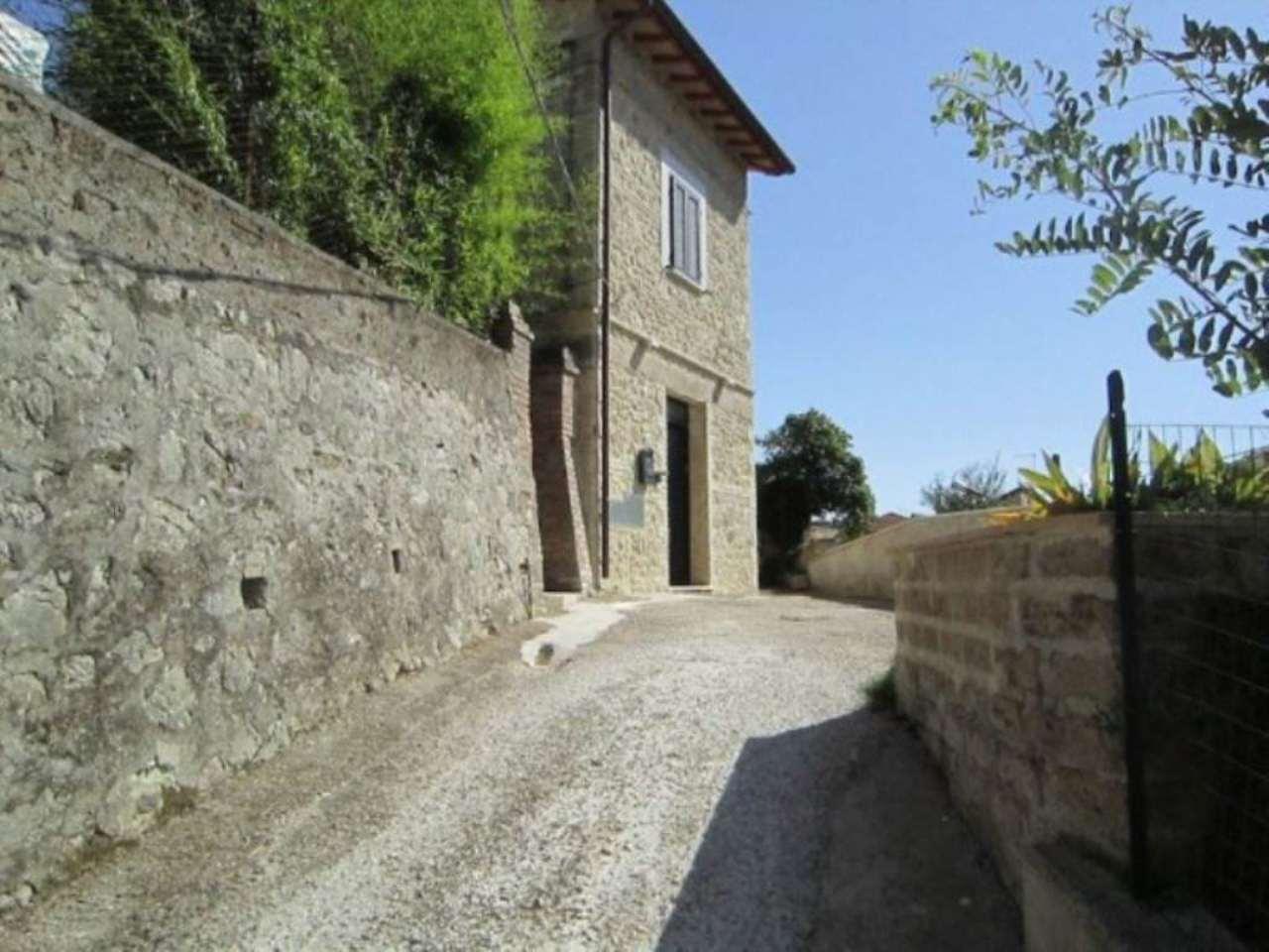 Soluzione Indipendente in vendita a Montebuono, 9999 locali, prezzo € 140.000 | Cambio Casa.it