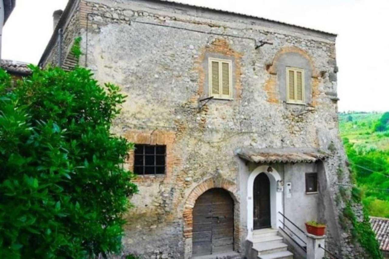 Soluzione Indipendente in vendita a Montopoli di Sabina, 5 locali, prezzo € 60.000 | Cambio Casa.it