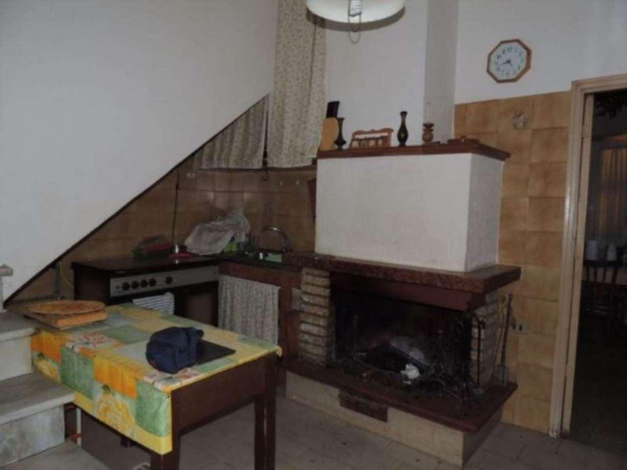Soluzione Indipendente in vendita a Montopoli di Sabina, 4 locali, prezzo € 65.000 | CambioCasa.it