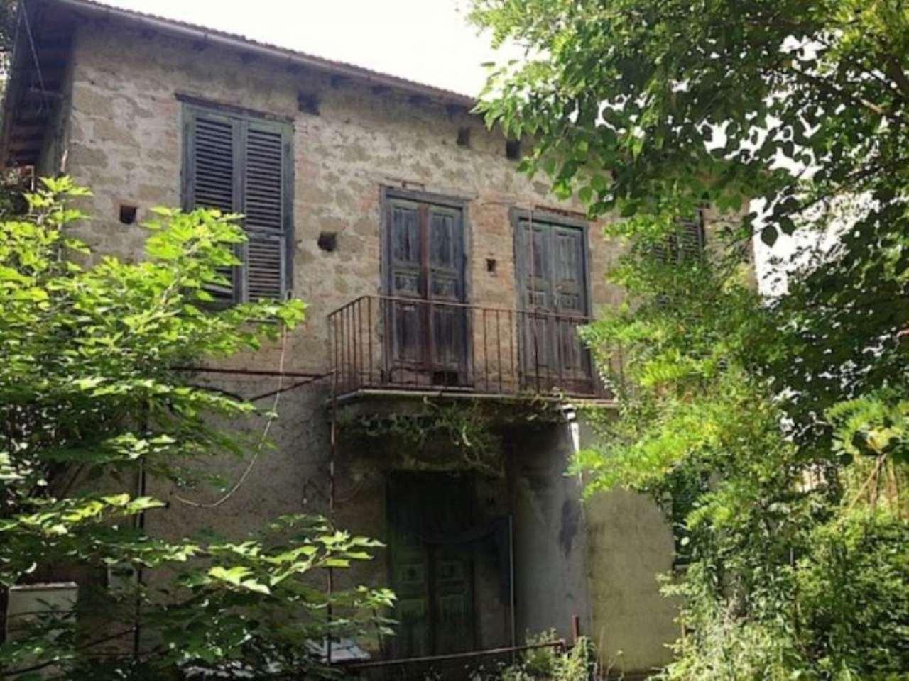 Rustico / Casale in vendita a Montopoli di Sabina, 6 locali, prezzo € 85.000 | Cambio Casa.it
