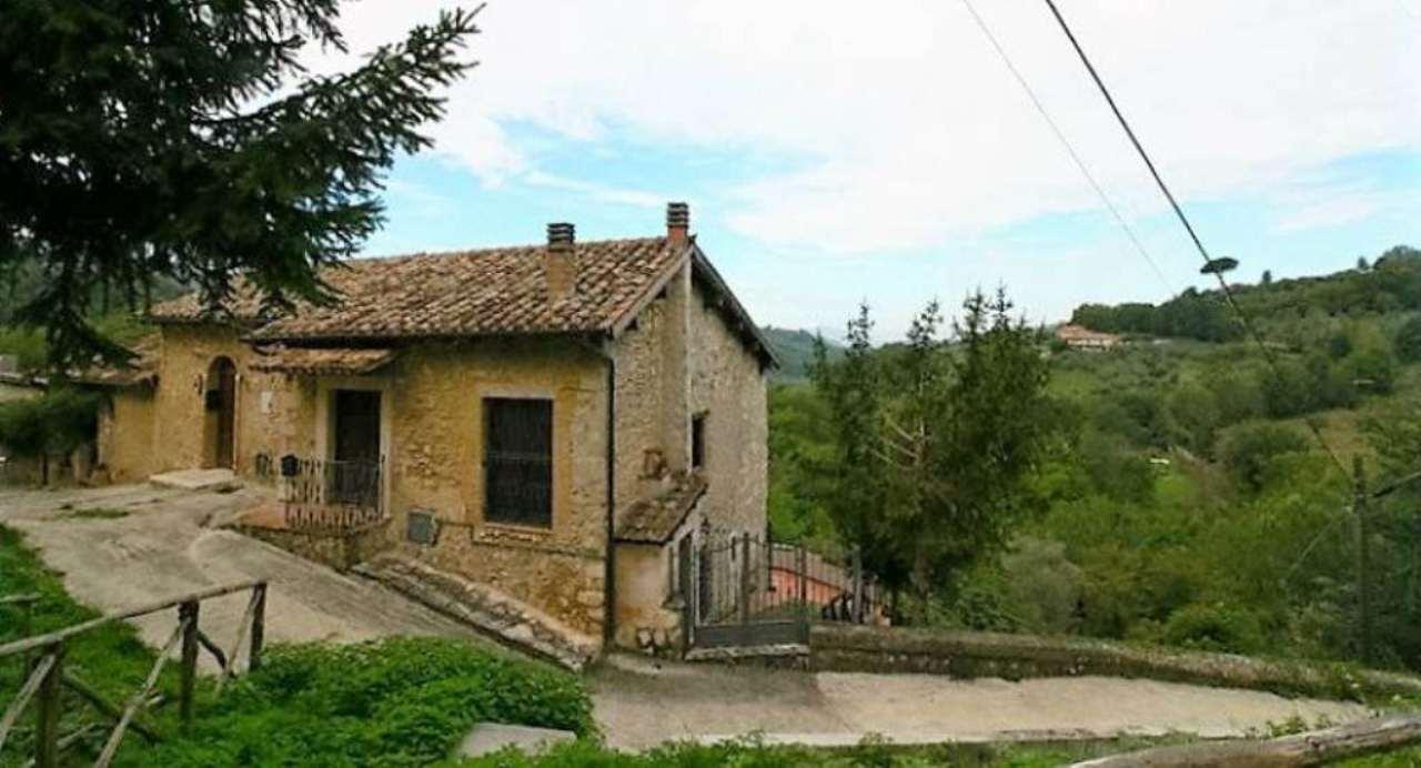 Rustico / Casale in vendita a Poggio Nativo, 4 locali, prezzo € 139.000 | Cambio Casa.it