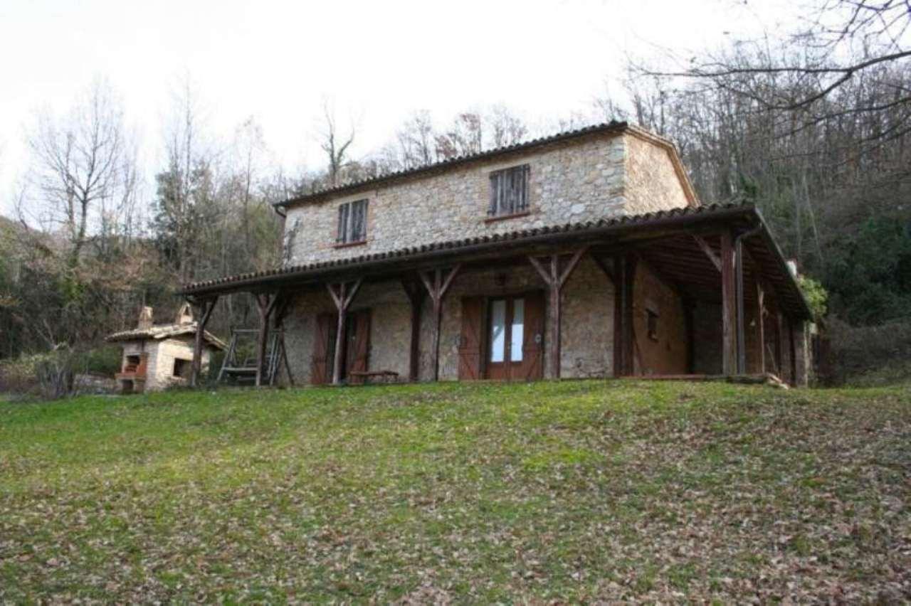 Rustico / Casale in vendita a Cottanello, 6 locali, prezzo € 180.000 | Cambio Casa.it