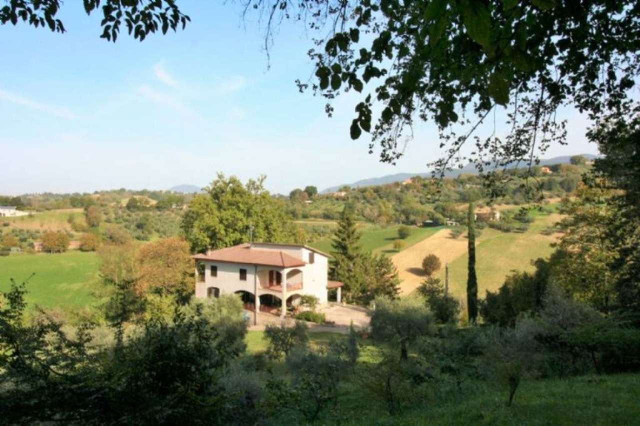 Villa in Vendita a Montopoli di Sabina