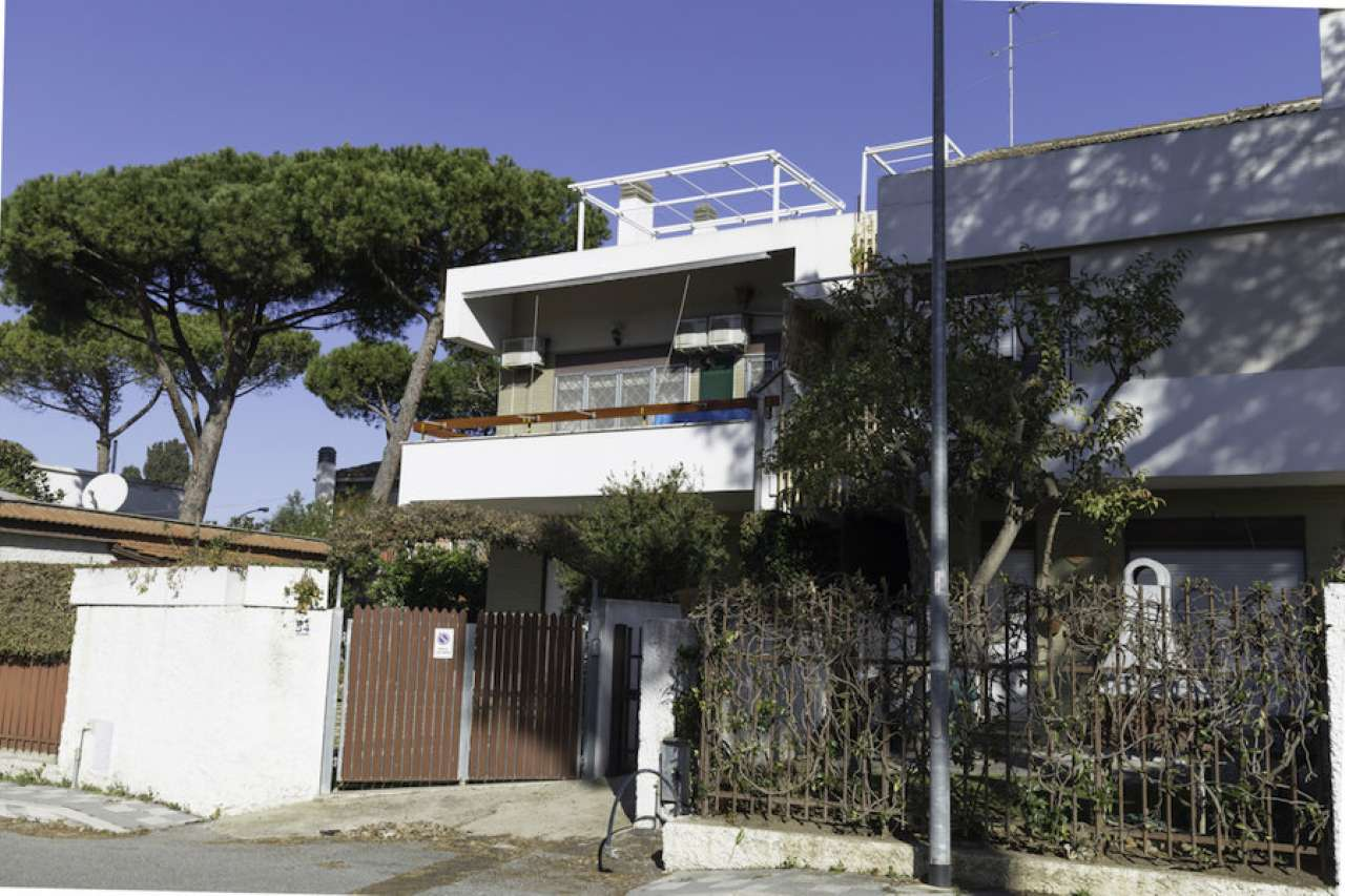 Appartamento in vendita a Santa Marinella, 3 locali, prezzo € 179.000 | Cambio Casa.it