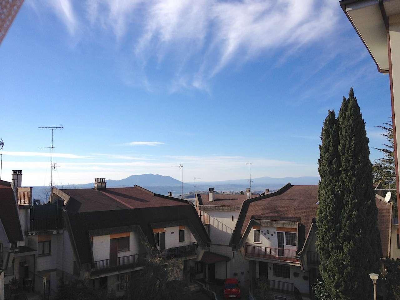 Appartamento in affitto a Poggio Mirteto, 5 locali, prezzo € 550 | Cambio Casa.it