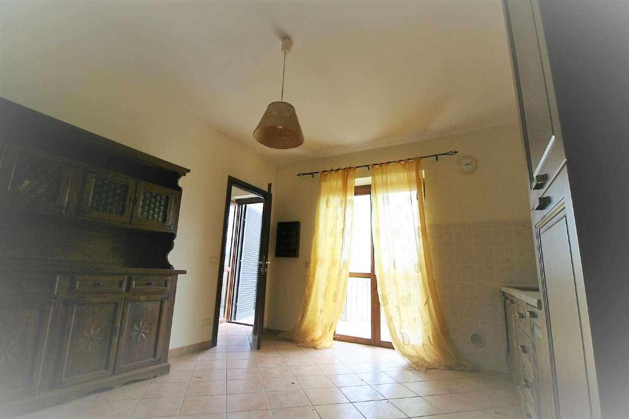 Appartamento in affitto a Poggio Mirteto, 2 locali, prezzo € 350 | Cambio Casa.it