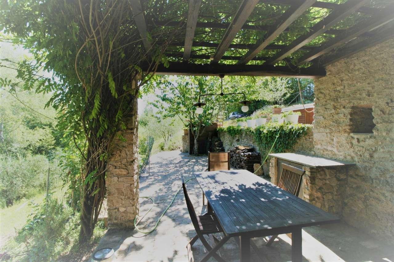 Rustico / Casale in vendita a Selci, 4 locali, prezzo € 360.000 | Cambio Casa.it