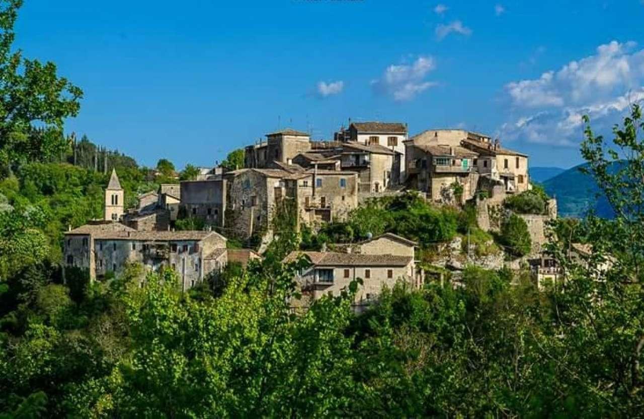 Appartamento in vendita a Montopoli di Sabina, 2 locali, prezzo € 18.000 | CambioCasa.it