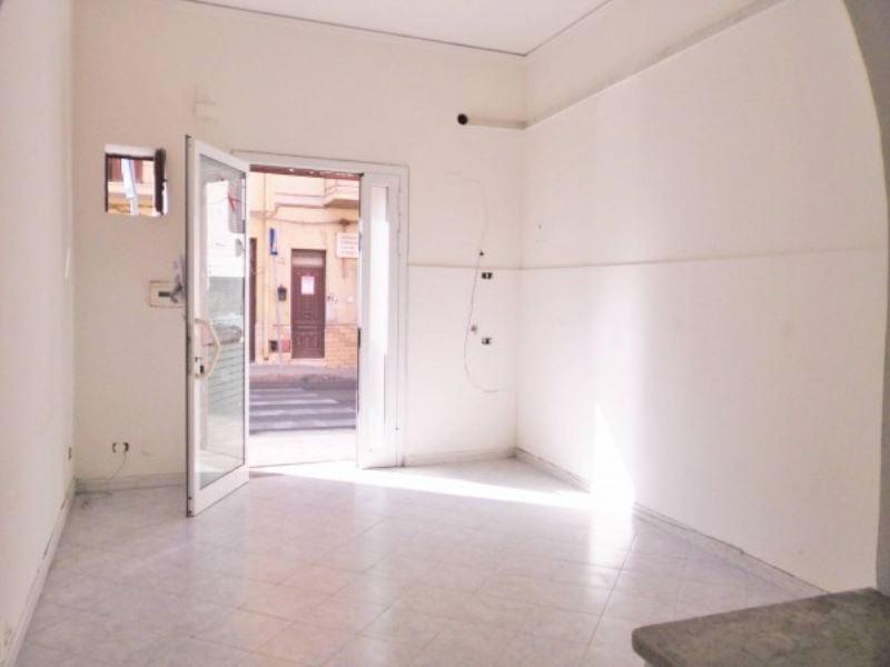 Negozio / Locale in vendita a Capaci, 9999 locali, prezzo € 75.000 | Cambio Casa.it