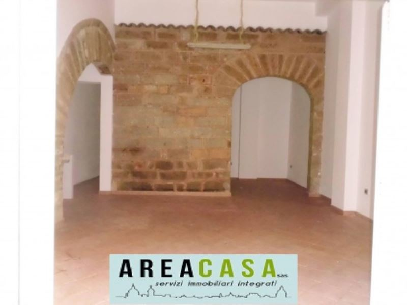 Negozio / Locale in affitto a Capaci, 2 locali, prezzo € 450 | Cambio Casa.it