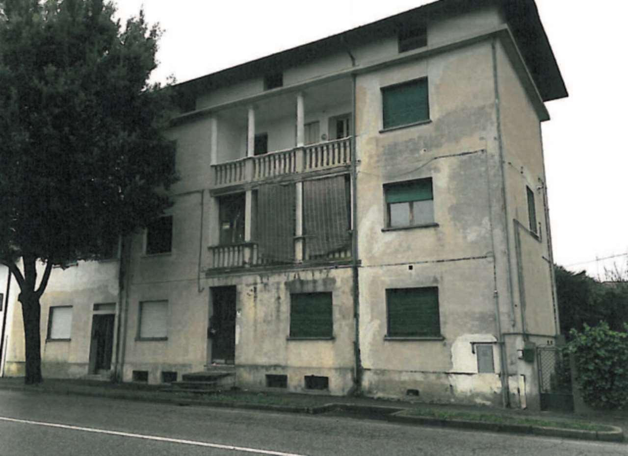 Foto 1 di Quadrilocale Viale Rimembranza, Casarsa Della Delizia