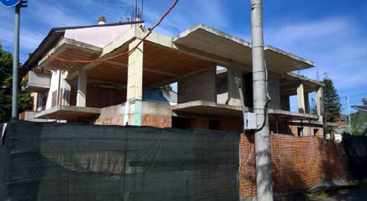 Foto 1 di Palazzo / Stabile via Cervese, angolo via Tiziano 793, Cesena