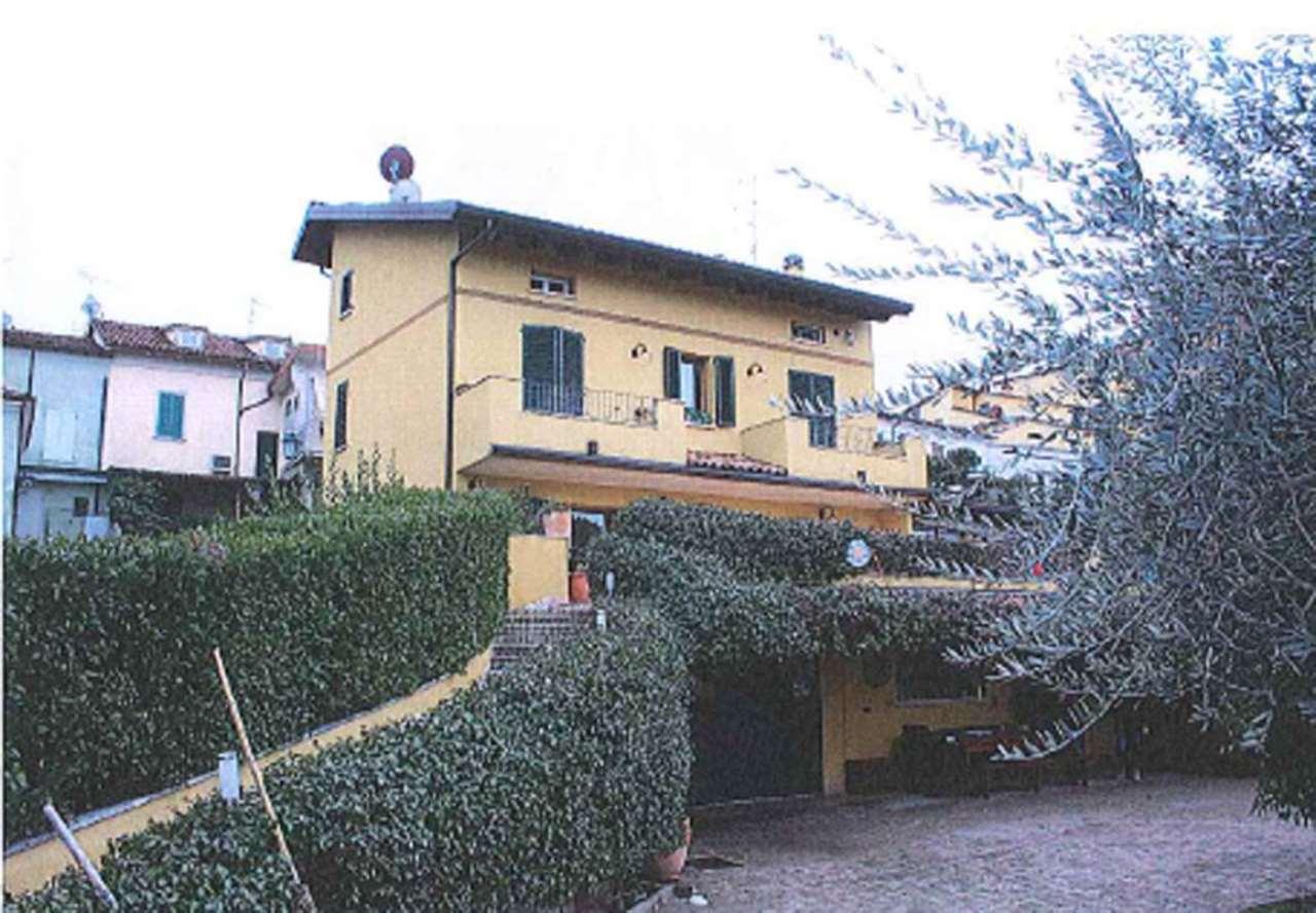 Foto 1 di Casa indipendente via Circonvallazione 66, Longiano