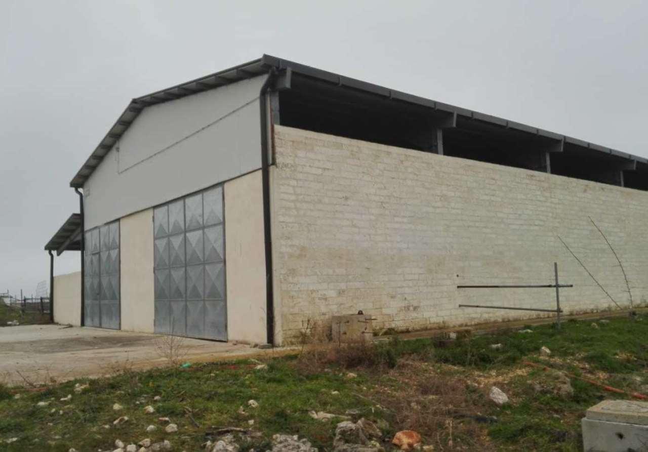 Foto 1 di Casa indipendente contrada La Bruna, Matera