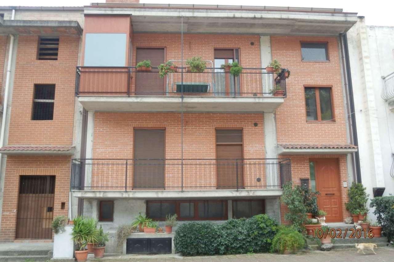 Foto 1 di Appartamento via Santi Quaranta 4, Tursi