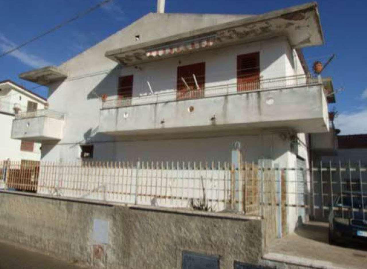 Foto 1 di Appartamento via Siena 3, Pisticci