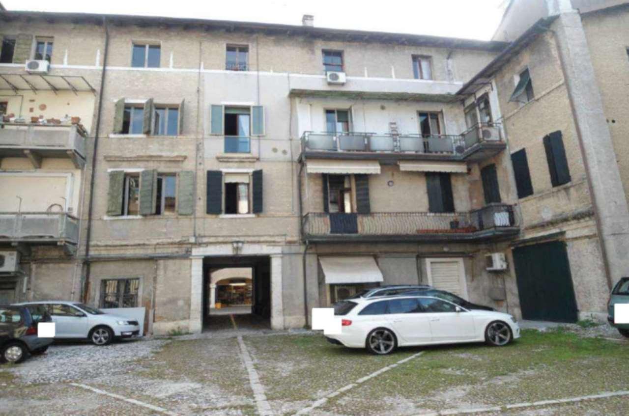 Foto 1 di Appartamento Corso Vittorio Emanuele II 54, Pordenone