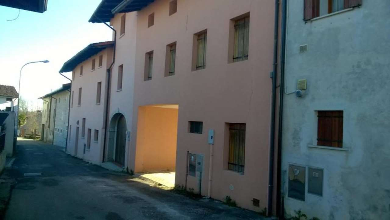 Foto 1 di Quadrilocale Via Boccaccio 4, Montereale Valcellina