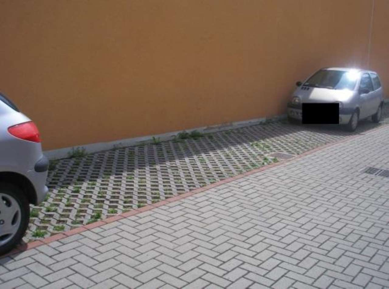 Foto 1 di Box / Garage via Santerno Ammonite, Ravenna