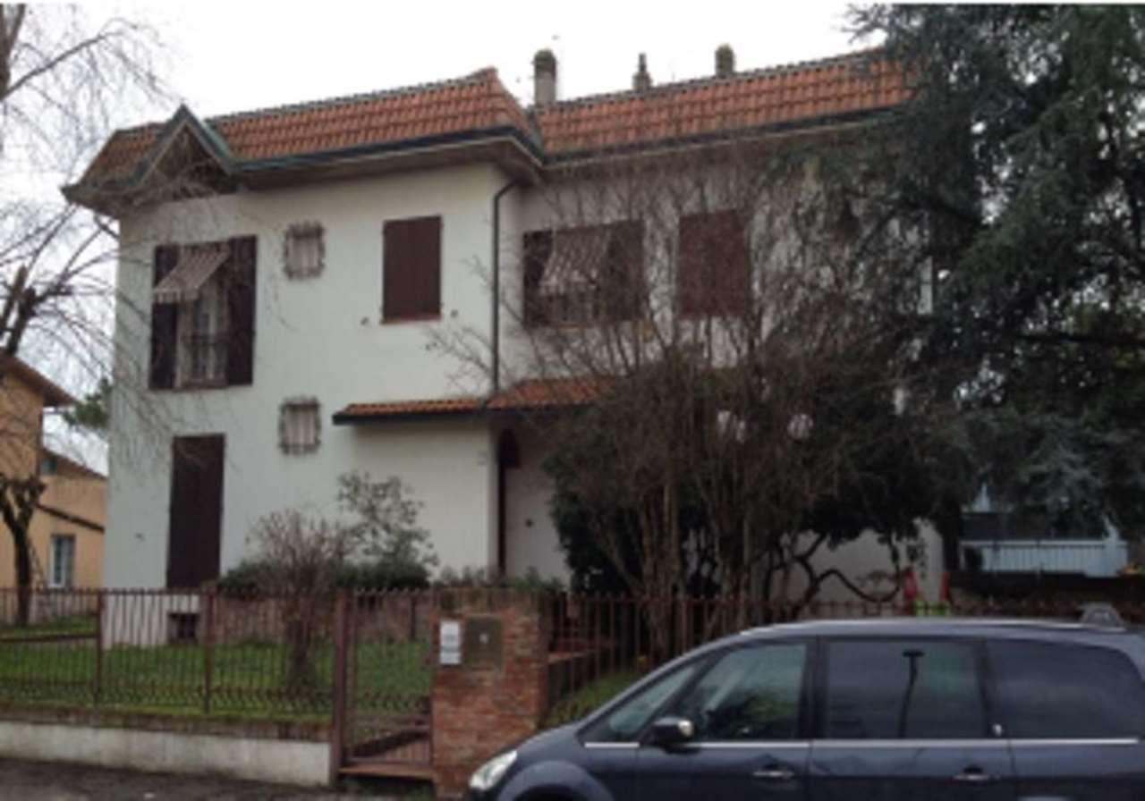 Foto 1 di Appartamento via Righi 71, Faenza