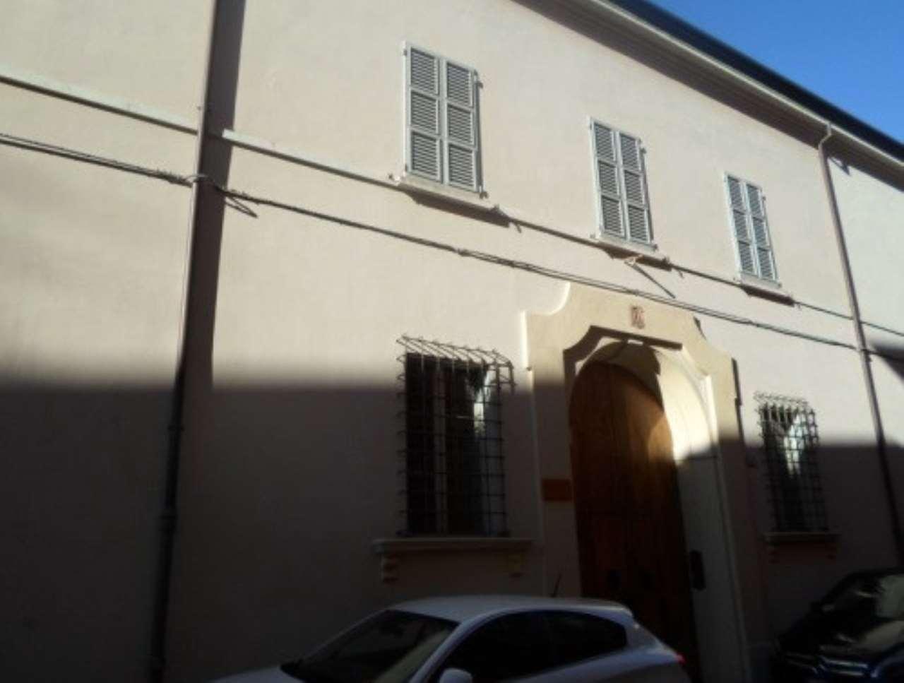 Foto 1 di Box / Garage Via XX Settembre - Via Fanini, Faenza