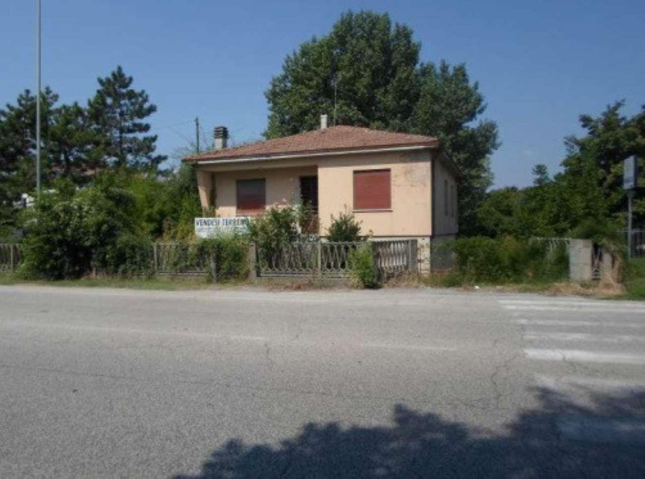 Foto 1 di Casa indipendente Via Granarolo, Faenza