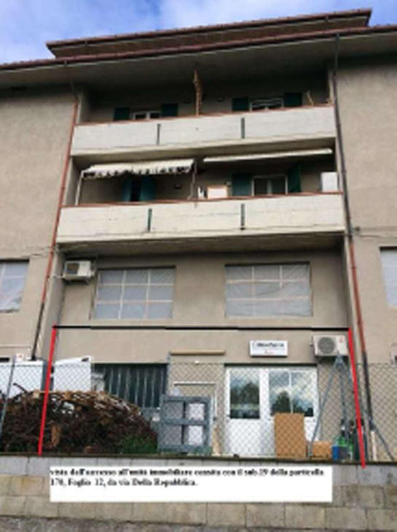 Foto 1 di Appartamento via Roma, Borghi