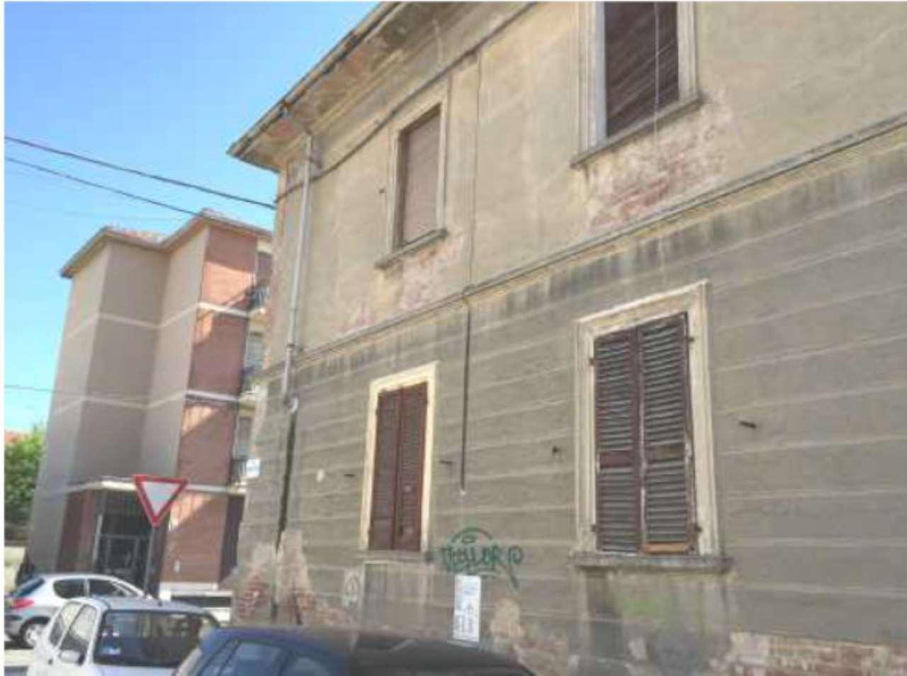Foto 1 di Palazzo / Stabile Corso Acqui 53, Alessandria