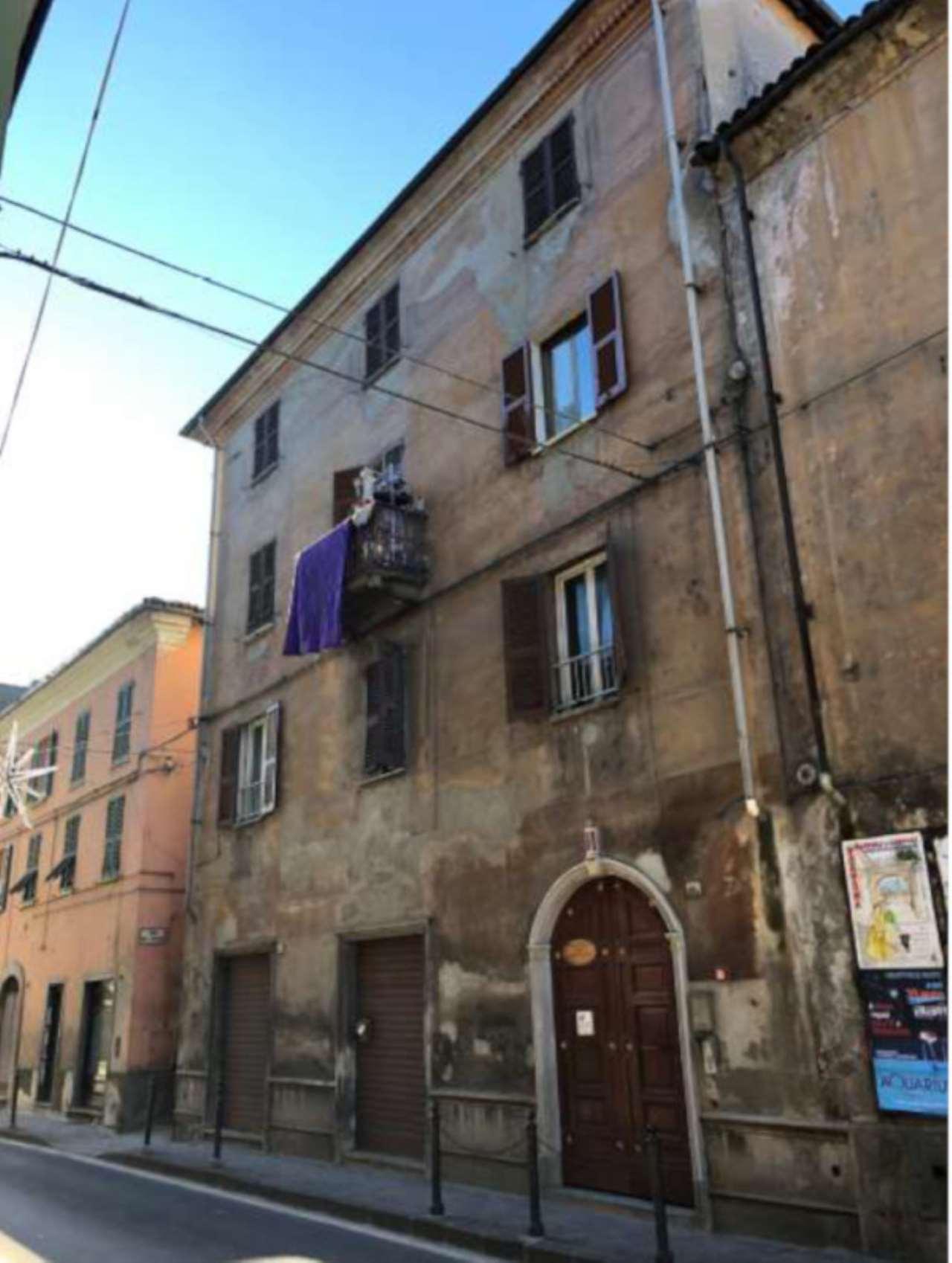 Foto 1 di Quadrilocale Vico del Forno 2, Serravalle Scrivia