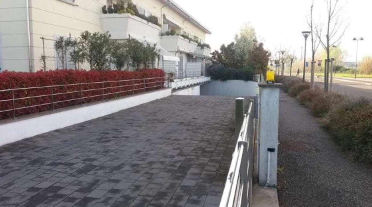 Foto 1 di Box / Garage Via Monte Cimone 16, Cervia