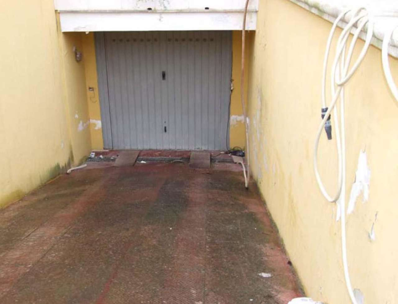 Box / Garage in Vendita a Surbo