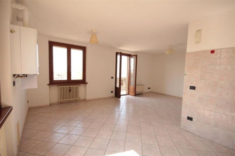 Appartamento in affitto a Volta Mantovana, 3 locali, prezzo € 450 | Cambio Casa.it