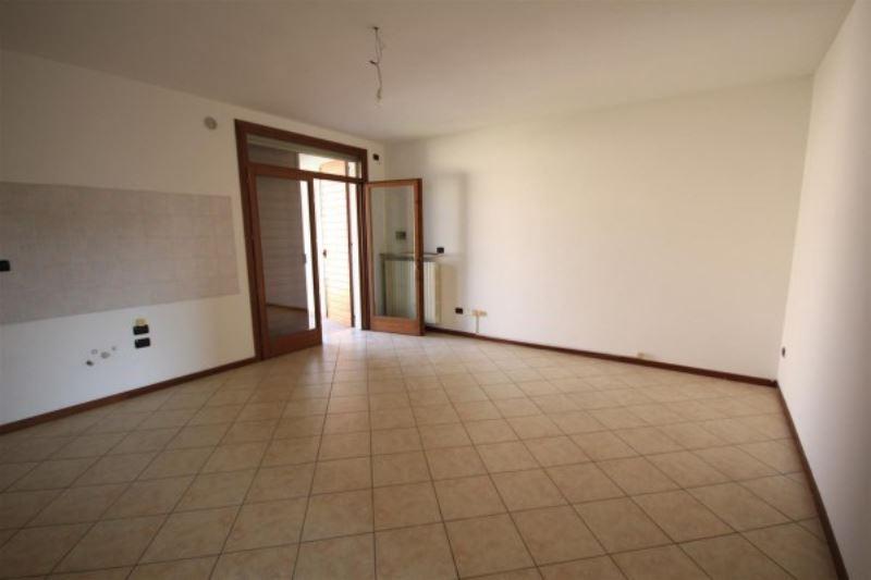Appartamento in vendita a Volta Mantovana, 2 locali, prezzo € 80.000 | Cambio Casa.it
