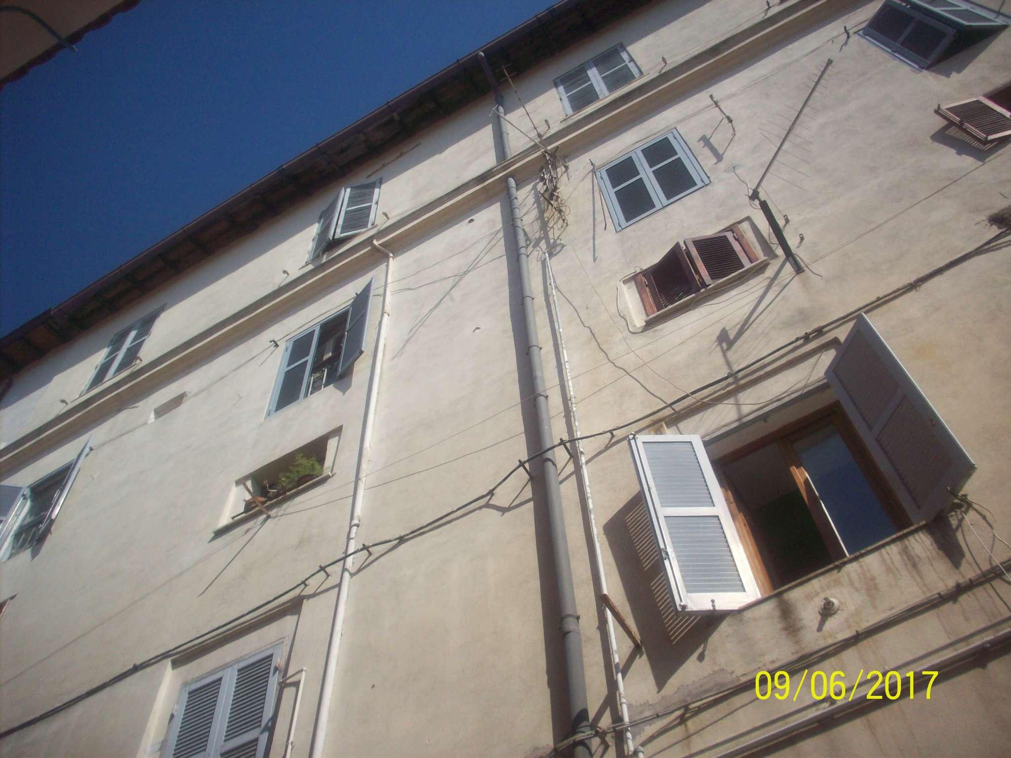 Appartamento in vendita a Ariccia, 4 locali, prezzo € 139.000   Cambio Casa.it