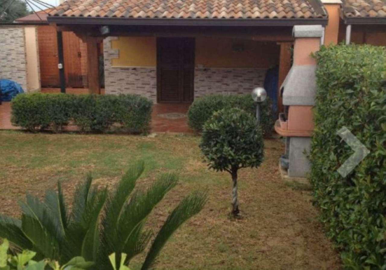 Villetta in Vendita a Campofelice Di Roccella: 60 mq